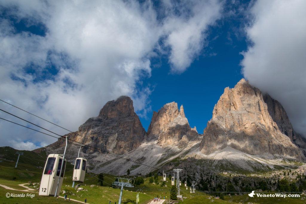 Il Gruppo del Sella nelle Dolomiti di Gardena e di Fassa