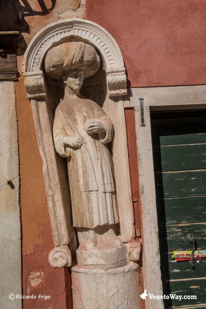 Statua dell'Arabo - Casa del Tintoretto