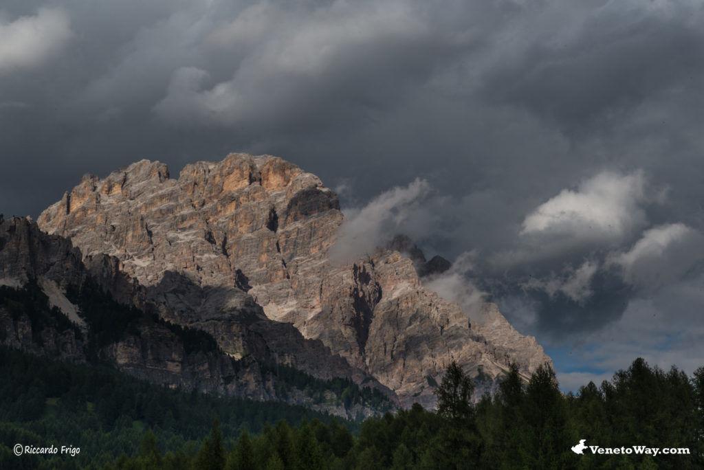 Cristallo Mount