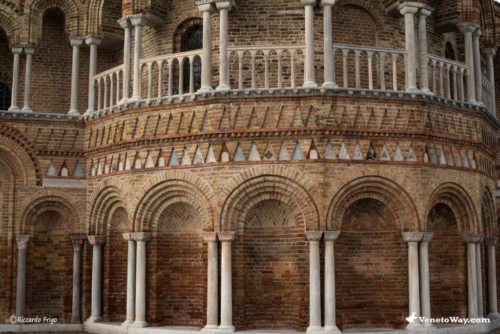 Basilica dei Santi Maria e Donato - Isole della Laguna Veneziana