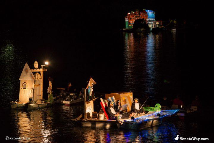 Lago di Alleghe - Barche Illuminate