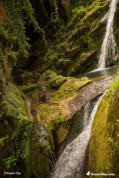 Passeggiata Grotte del Caglieron