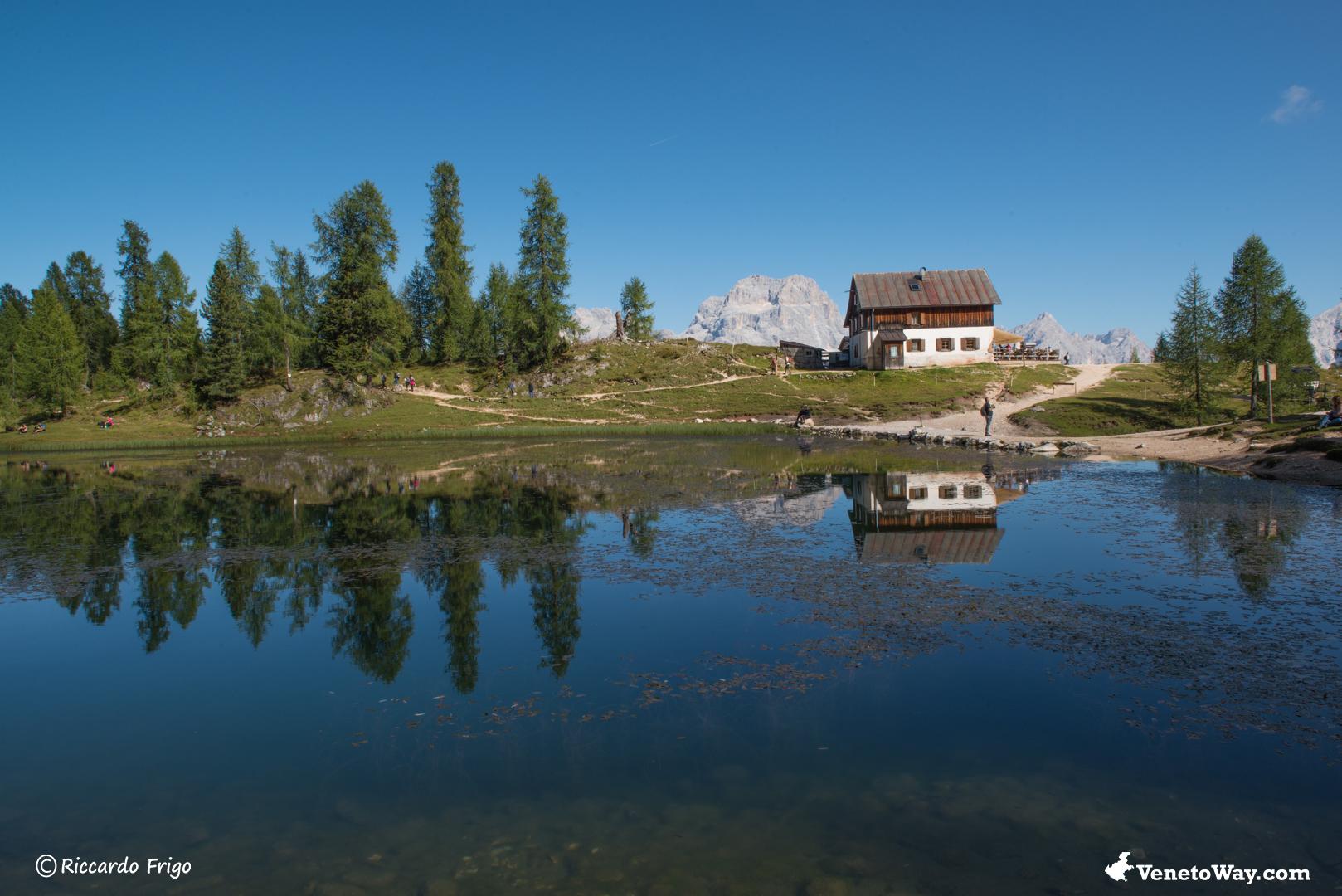 Escursione al Rifugio Croda da Lago